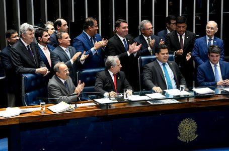 REFORMA | Senadores aprovam texto-base da reforma da previdência em 2º turno