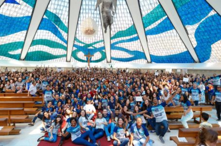 HOMENAGEM AOS CATÓLICOS | Senado realiza sessão especial para celebrar 40 anos do Segue-me