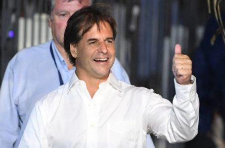 DIREITA NO COMANDO | Justiça declara vitória de Luis Lacalle Pou no Uruguai