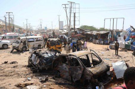 CAMINHÃO BOMBA | Cerca de 90 pessoas morrem em atentado na Somália