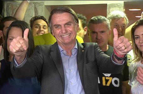 O FINO DA POLÍTICA | Bolsonaristas já falam em convencer o presidente-capitão a disputar a reeleição