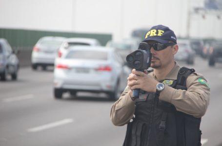 RADARES MÓVEIS | PRF volta a fiscalizar rodovias federais com o equipamento