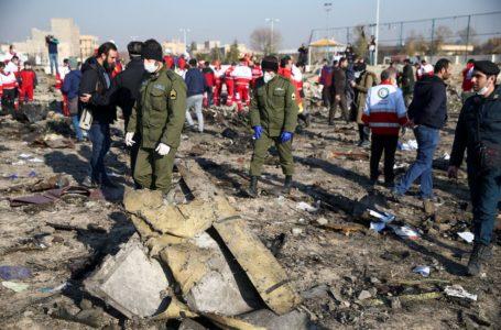 E AGORA? | Irã assume que abateu o avião ucraniano com míssil e alega que foi erro humano