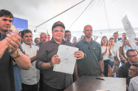 BENFEITORIAS | Ibaneis visita o Gama e anuncia a construção de uma UPA e a revitalização da Avenida dos Pioneiros