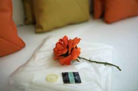 NÃO PEGOU | Bares e similares não estão mais obrigados a vender preservativos
