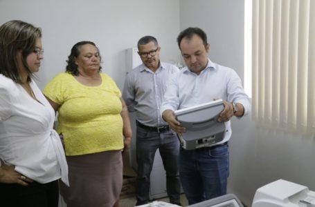 VALPARAÍSO | Pábio Mossoró entrega equipamentos modernos para a saúde pública
