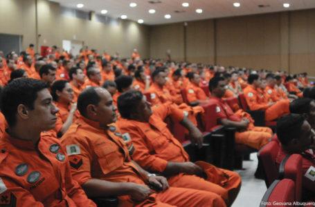 COMBATE À DENGUE | Vigilância Ambiental treina 400 bombeiros do DF para atuar nas inspeções das residências
