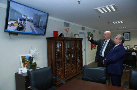 PROJETO ESTAÇÃO CIDADANIA | Ministro Osmar Terra e senador Izalci visitam Sol Nascente nesta segunda-feira (20)
