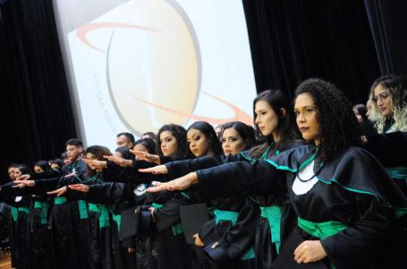 NOVOS PROFISSIONAIS | Escola Superior de Ciências da Saúde do DF forma 122 médicos e enfermeiros