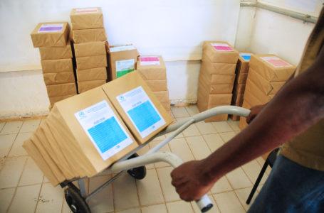 COMBATE À DENGUE | Secretaria de Saúde do DF distribui material informativo as diretorias regionais de Vigilância Ambiental