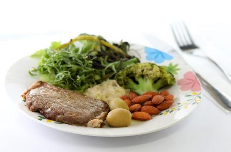 BOA FORMA   Secretaria de Saúde faz um alerta sobre dietas milagrosas e produtos ultraprocessados