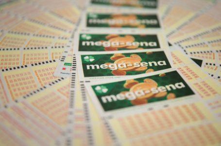 NINGUÉM ACERTOU | Mega-Sena acumulou de novo e prêmio vai a R$ 200 milhões