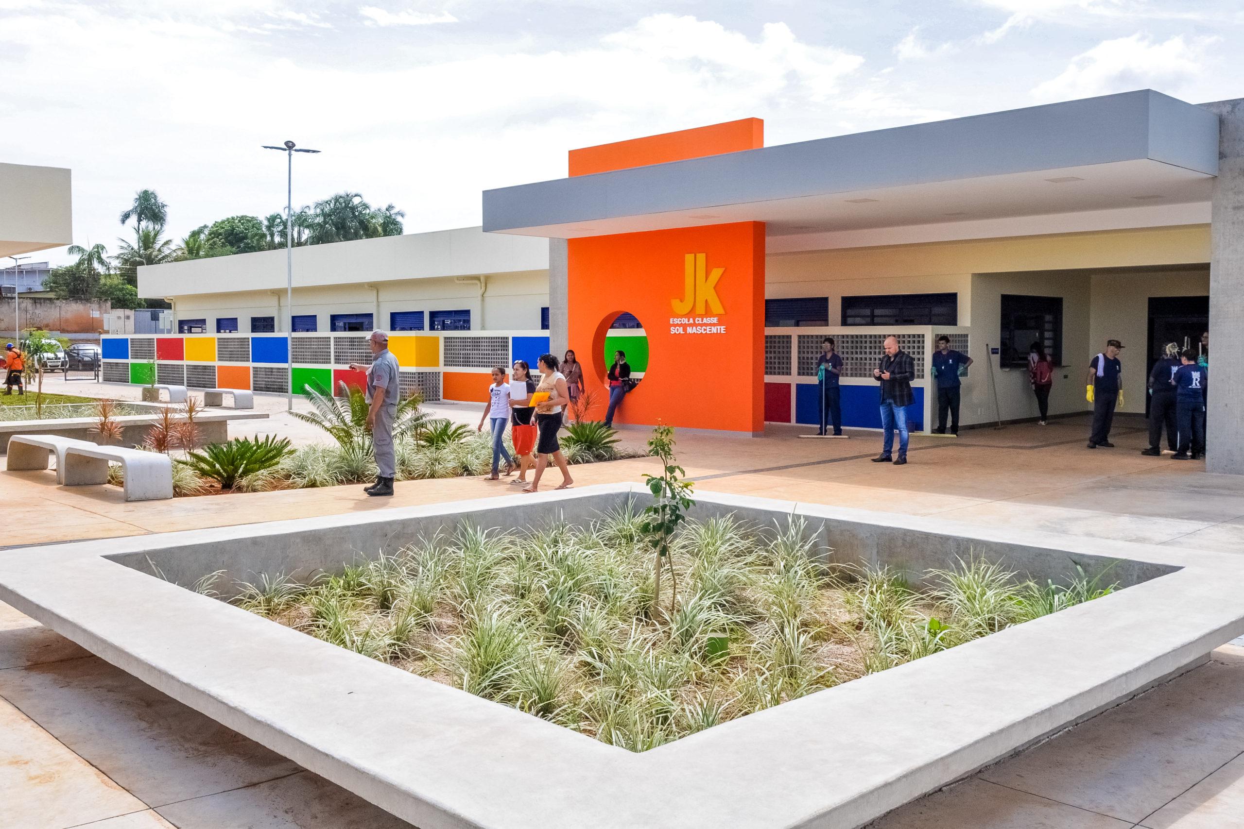 PARA MAIS DE 900 ALUNOS | Comunidade do Sol Nascente comemora inauguração da Escola Classe JK