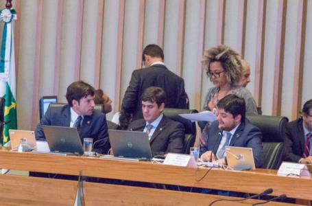 VOTAÇÃO A TODO VAPOR | CLDF derruba vetos do governador a proposições de parlamentares