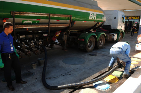 FECHADOS AO FIM DE SEMANA | Postos de combustível do DF vão funcionar de segunda a sexta, das 7h às 19h