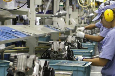 RETRAÇÃO | Mercado financeiro projeta queda de 0,48% na economia este ano