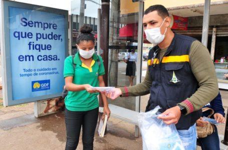 PROTEÇÃO PARA A POPULAÇÃO | GDF distribuiu mais de 365 mil máscaras em 15 dias em locais de grande circulação de pessoas