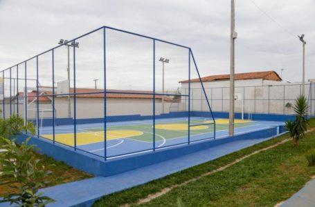 VALPARAÍSO DE GOIÁS | Prefeitura entrega quadra poliesportiva no Parque Esplanada I