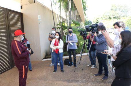 DEPOIS DO SUSTO   Ibaneis recebe alta e se diz otimista sobre a pandemia