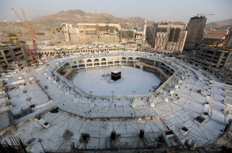 DE VOLTA AO NORMAL | Arábia Saudita reabre mesquitas com medidas rígidas para os fiéis