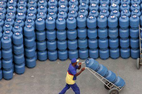 PREPARE O BOLSO | Petrobras anuncia aumento do preço do gás de cozinha em 5%