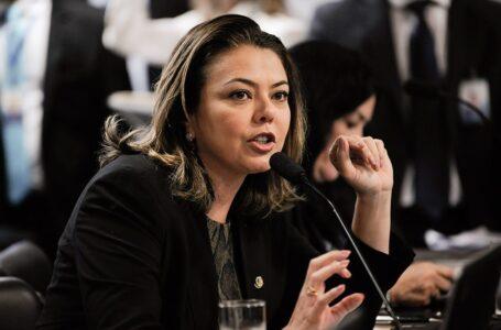 MEDALHISTA OLÍMPICA | Senadora Leila do Vôlei testou positivo para covid-19