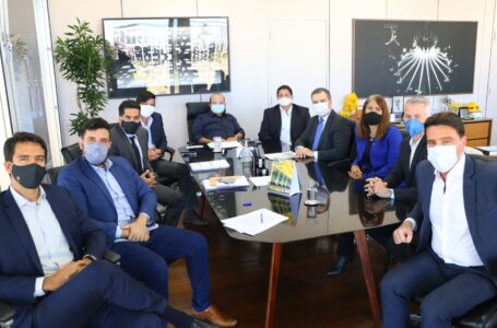 PROCRED | Ibaneis sanciona lei que vai ajudar empresários do DF
