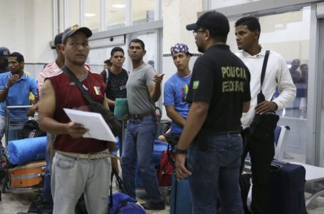 QUASE 8 MIL VENEZUELANOS   Governo brasileiro concede status de refugiado para que possam trabalhar e ter acesso a direitos