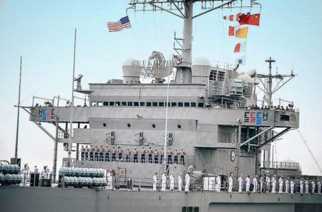 ALERTA MÁXIMO   EUA enviam navio com mísseis para litoral próximo a China