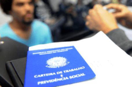 415 VAGAS   Agências do Trabalhador oferecem empregos com salários de até R$ 3,5 mil nesta quarta (23)