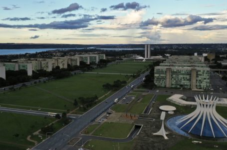REFORMA ADMINISTRATIVA | Governo Bolsonaro apresenta proposta com mudanças nos três poderes