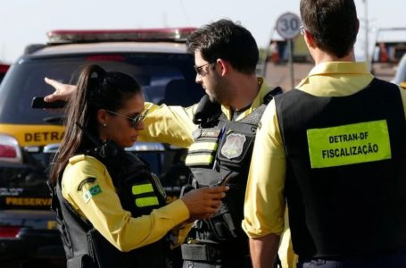 HOMENAGEM   Detran-DF realiza ação educativa para celebrar Dia do Agente de Trânsito