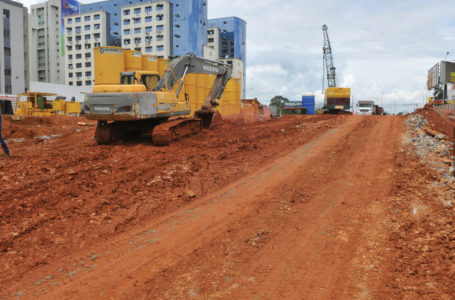 MESMO NO FERIADÃO | Obras do GDF não param e são vistoriadas pelo governador Ibaneis