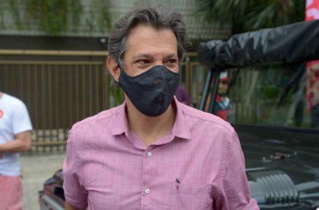 QUERENDO APARECER   Haddad diz que senador Flávio Bolsonaro será preso