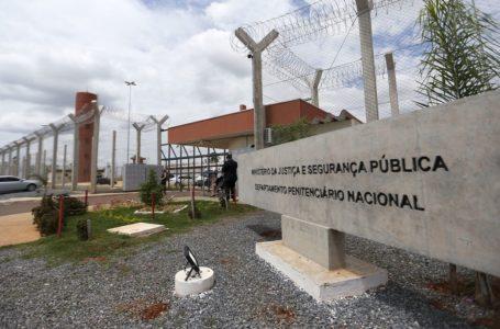 PARA MARCOLA NÃO FUGIR | Governo Bolsonaro prorroga permanência da Força Nacional no presídio federal de Brasília