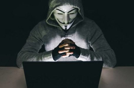 GUERRA VIRTUAL | Hackers invadem sistema de órgão que controla arsenal nuclear dos EUA
