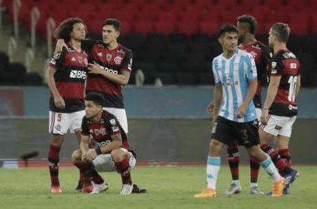 FICOU SÓ NO CHEIRO | Flamengo perde nos pênaltis para o Racing e da adeus à Libertadores