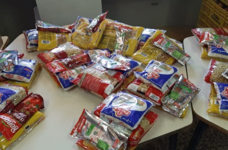 VALPARAÍSO DE GOIÁS   Cidade é referência na entrega de kits de alimentação escolar