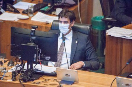 PUNIÇÃO PARA O VANDALISMO | Distritais aprovam projeto de Rafael Prudente que cobra de presos destruição de patrimônio