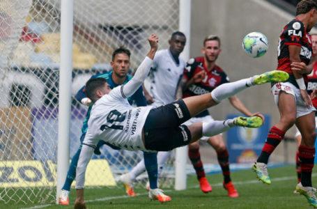CLÁSSICO DOS PRESSIONADOS | Botafogo e Flamengo se enfrentam neste sábado (5) pelo Brasileirão