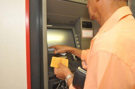 NA VÉSPERA DO NATAL   Bancos vão abrir das 9h às 11h na quinta (24)