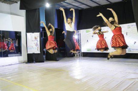 ESPETÁCULO VIRTUAL | Recital de Dança encanta e emociona a população valparaisense