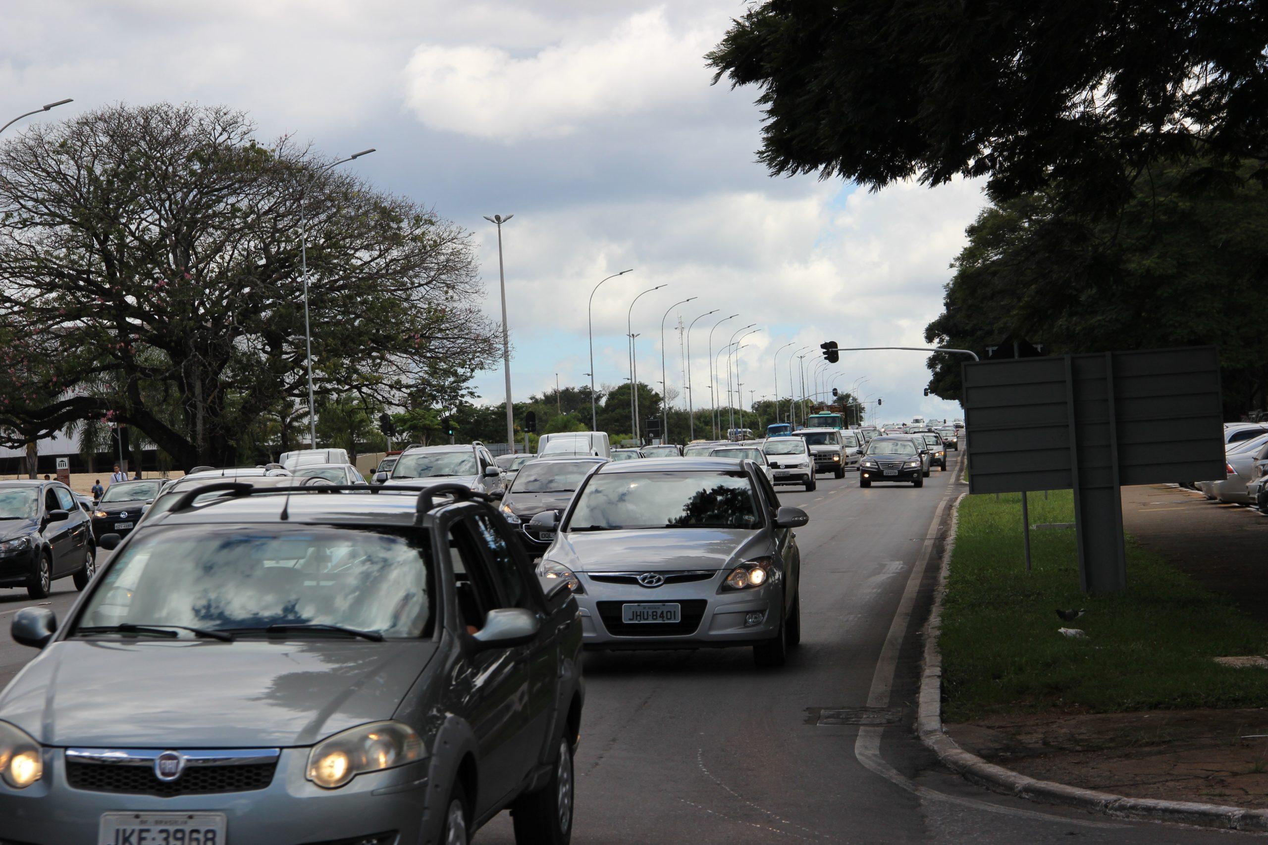 A PARTIR DE AGORA SÓ DIGITAL | Impressão do licenciamento de veículos é extinto pelo Denatran