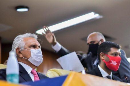 "APOIO GOIANO | ""Sempre priorizamos a vida"", diz Caiado sobre pacientes transferidos de Manaus para Goiás"