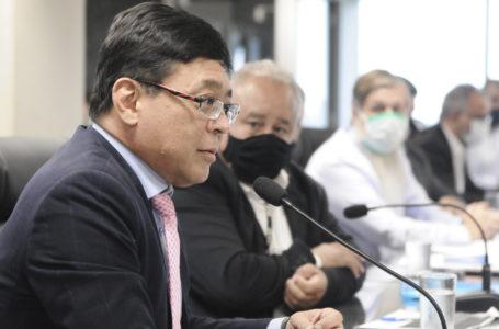 VEJA O VÍDEO | Osnei Okumoto anuncia que vacinação começa na quarta (20) no DF