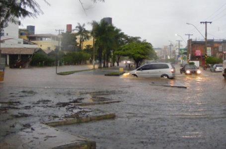 RISCO DE ALAGAMENTOS | Domingo de alerta de temporais no Brasil