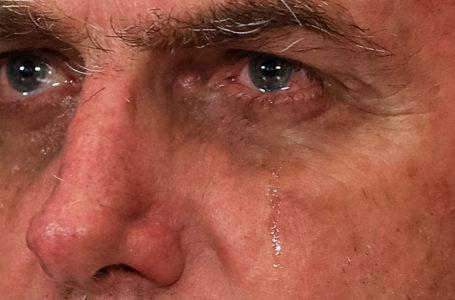 O FINO DA POLÍTICA – Vai pedir para sair, Bolsonaro?