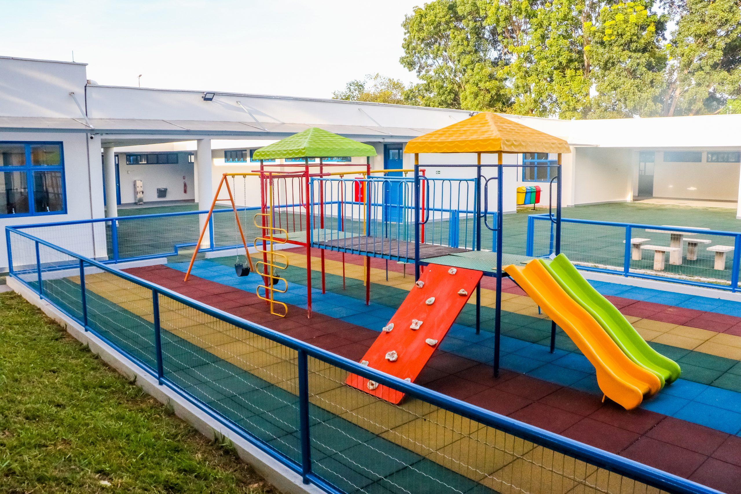 APÓS 30 ANOS | Vila Planalto tem sua escola de volta