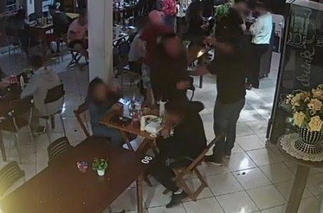 TRAGÉDIA NO RS | Tiroteio em restaurante deixa dois mortos e um ferido em Jaboticaba