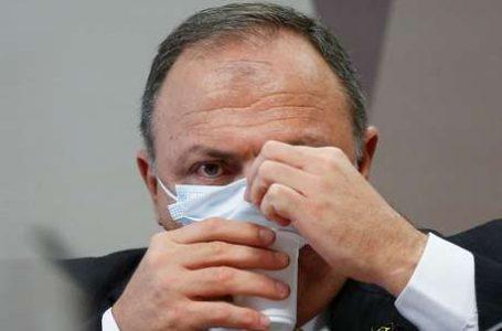 PELO TRIPLO DO PREÇO | Pazuello negociou com representantes chineses da vacina Coronavac enquanto era ministro da Saúde